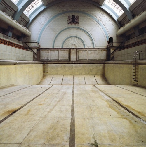 SOHO MARSHALL POOL LONDON, dimensions 70 ft x 30 ft, opened 1931 - closed 1997