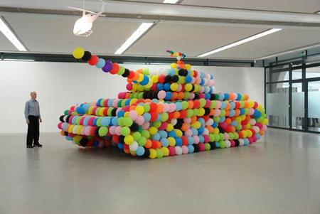 German Panther, 2007, Luftballon/Luft/Kleber